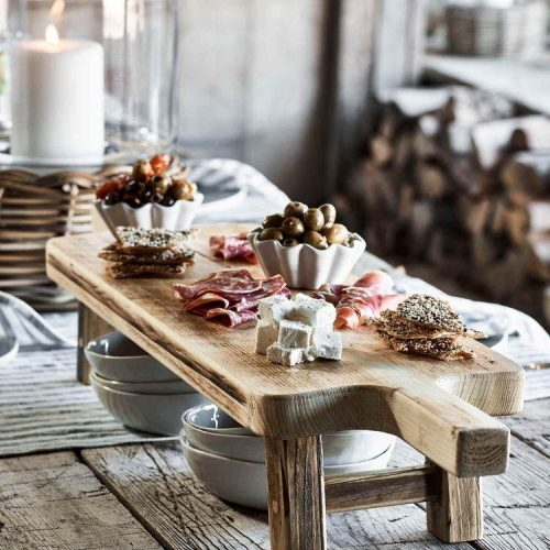 grazing-tables-with-food-delivery
